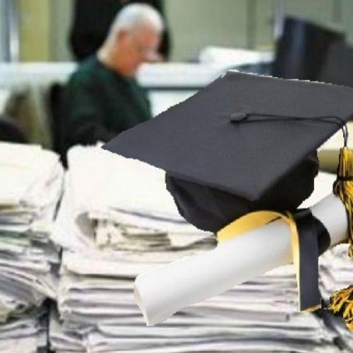 Ερώτηση του Θανάση Θεοχαρόπουλου σχετικά με τους κατόχους πλαστών τίτλων σπουδών
