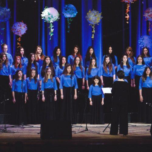 """Άλλη μια εξαιρετική εμφάνιση της χορωδίας """"Εμμέλεια""""  του Μουσικού Σχολείου Βέροιας"""