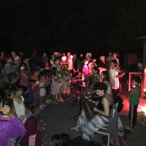 "Tο μουσικό σχήμα ""Σινάφι"" αφιέρωσε μια δροσερρή βραδιά  στους πρόσφυγες της Βέροιας"