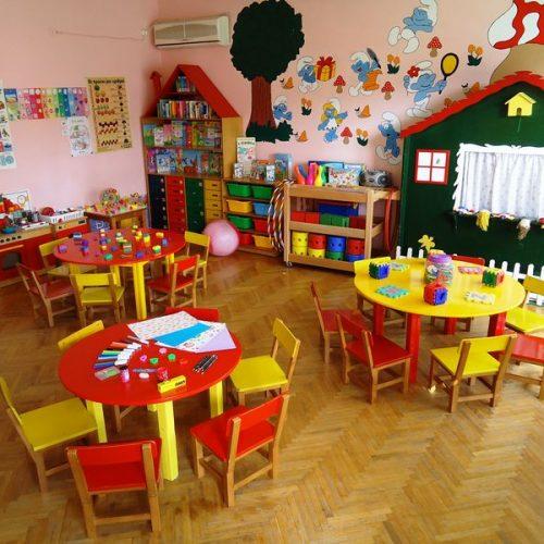 Έγκριση για 895 προσλήψεις σε παιδικούς σταθμούς