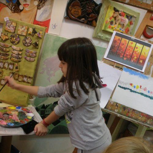Καλλιτεχνικό εργαστήρι Κωσταντίας Αμπατζόγλου για αξιοποίηση του ελεύθερου χρόνου