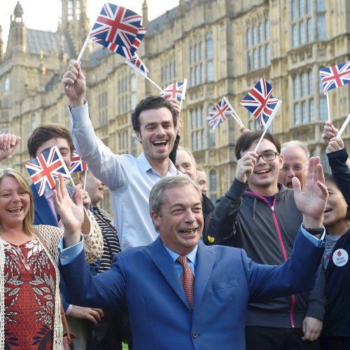 """""""Για το αποτέλεσμα του Βρετανικού δημοψηφίσματος"""" γράφει ο Σίμος Ανδρονίδης"""