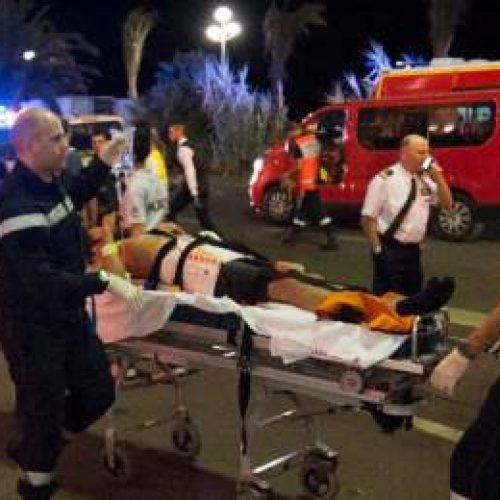 Επίθεση στη Γαλλία: Φορτηγό έπεσε πάνω σε πλήθος - Στους 84 οι νεκροί