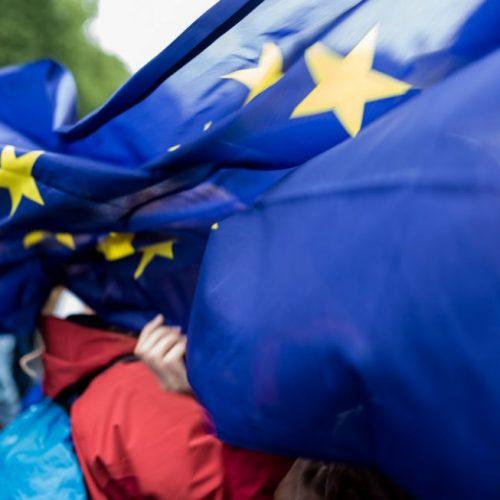 """""""Γιατί έφυγε η Βρετανία απο την ΕΕ -  Να τι πρέπει να κάνει η Αριστερά"""" γράφει ο Κώστας Λαπαβίτσας"""