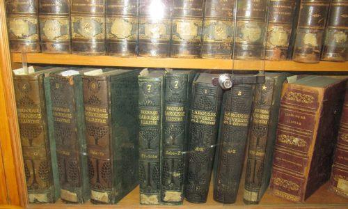 """Μια βιβλιοθήκη σπάνιων βιβλίων, μια κιβωτός μνήμης στην Ορεστιάδα – """"Βιβλιοθήκη Ελληνικής Κοινότητας Αδριανούπολης"""""""