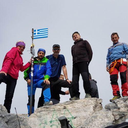 """Η Ορειβατική Ομάδα Βέροιας """"Τοτός"""" στον  Όλυμπο - Δέος πάνω από τα σύννεφα στον Μύτικα, την ψηλότερη κορυφή"""