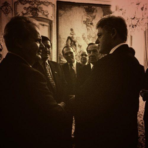 """""""Λεγόταν Μιλόσεβιτς, τον θυμάστε;"""" γράφει ο Νίκος Μπογιόπουλος"""