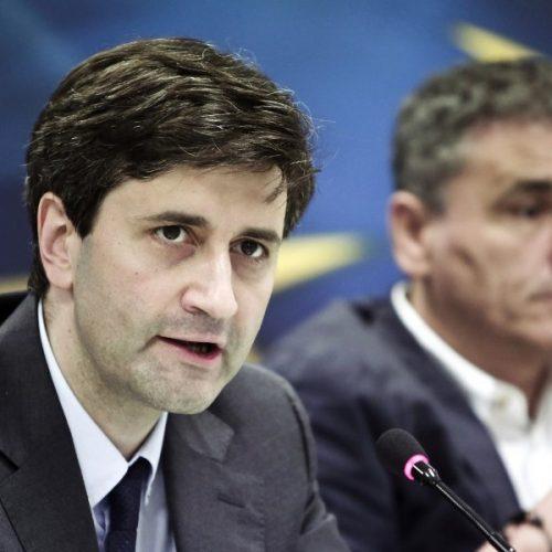 """""""Δανειστής δανειζόμενος, υπουργός υπουργευόμενος, κυβέρνηση κυβερνώμενη και η μεγάλη προδοσία""""  γράφει ο Δημήτρης Αθανασιάδης"""