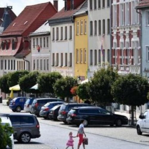 Απάνθρωπο: Γερμανοί ενθάρρυναν μετανάστη να αυτοκτονήσει και αυτός πήδηξε στο κενό