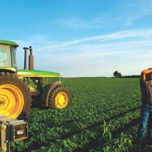 Αποστόλου: Οι αγρότες όχι μόνο δεν θα πληρώσουν, αλλά θα πάρουν και επιστροφή φόρου