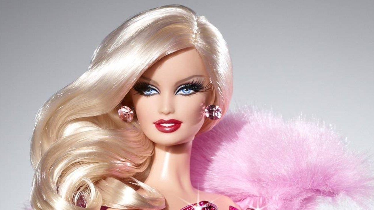 barbie-etwn-56-i-istoria-tis-diasimoteris-kouklas_4.w_hr