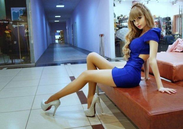 z14295658QAngelica-Kenova-rosyjska-Zywa-Barbie-