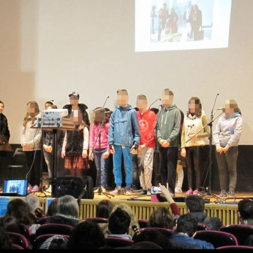 Οι μαθητές του Ειδικού Επαγγελματικού Γυμνασίου - Λυκείου Βέροιας  στη μουσική εκδήλωση για τους πρόσφυγες