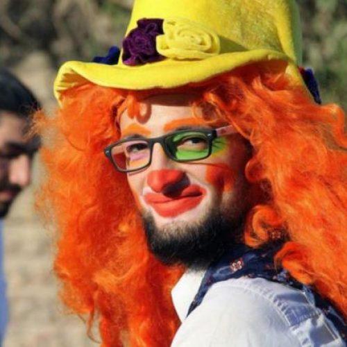 """Σκοτώθηκε σε βομβαρδισμό ο """"κλόουν του Χαλεπίου"""""""