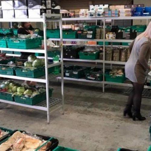 Περιζήτητα τα σουπερμάρκετ με ληγμένα τρόφιμα