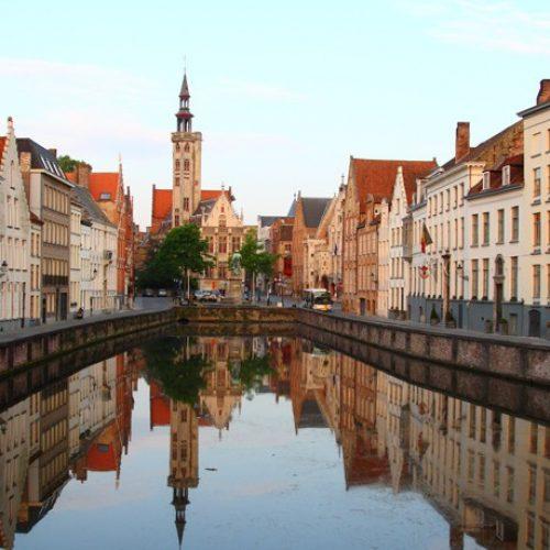 Μπριζ: H βελγική πόλη που σε ταξιδεύει στην εποχή των ιπποτών