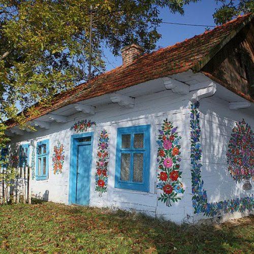 Zalipie: Το πιο όμορφο χωριό στην Πολωνία - Το ζωγραφιστό  χωριό!