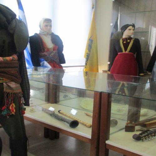 """Η  Εύξεινος  Λέσχη  Βέροιας συμμετείχε  στην   έκθεση της ΕΑΑΣ με τίτλο """"Η καθ' ημάς Ανατολή"""""""