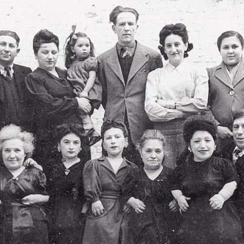 Οι 7 νάνοι του Άουσβιτς κι ο ναζί γιατρός Μένγκελε