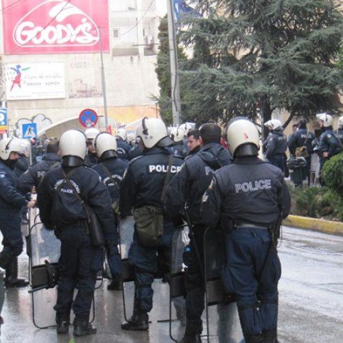 """""""Τα αίτια της ανόδου και η αντιμετώπιση της Χρυσής Αυγής"""" γράφει ο Στέργιος Καλπάκης"""