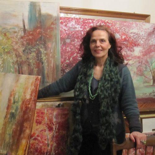 """Βασιλική Σιδηροπούλου Καραμήτσου: """"Το χρώμα είναι το παραμύθι μου, είναι ο  μαγικός τόπος, όπου ταξιδεύω…"""""""