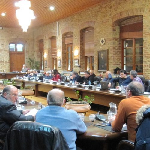 Δημοτικό Συμβούλιο Βέροιας. Στιγμιότυπα από τη συνεδρίαση