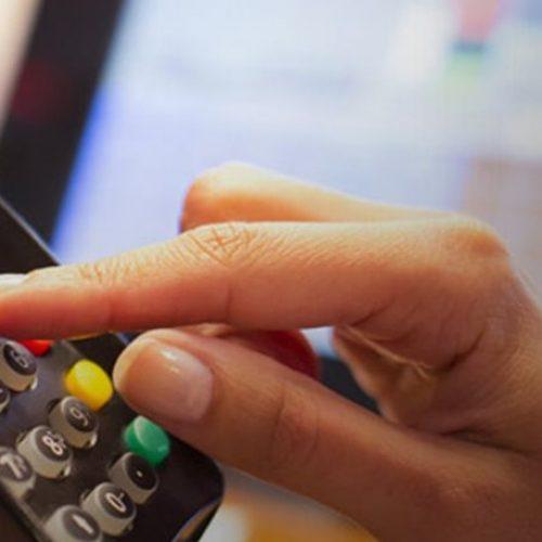 Η ΕΣΕΕ ενημερώνει για τη χρήση πλαστικού χρήματος και την αποφυγή εξαπάτησης στις ψηφιακές συναλλαγές