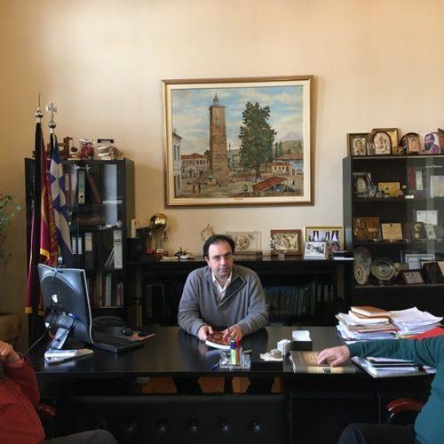 Ο Δήμαρχος Βέροιας συνεχάρη τον συγγραφέα Φώτη Σιμόπουλο για τη διακρισή του σε πανελλήνιο διαγωνισμό