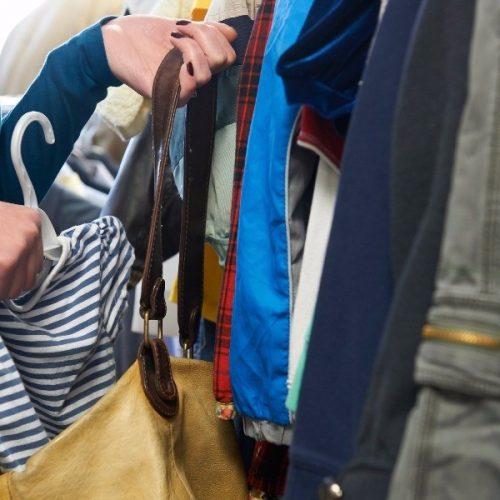 Συνελήφθη νεαρή γυναίκα  για κλοπή από κατάστημα