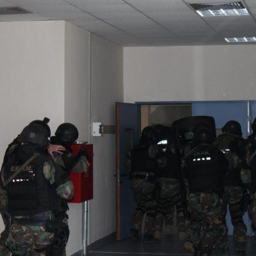 Απονομή πιστοποιητικών σπουδών σε στελέχη των ΕΚΑΜ από τη Σχολή Μετεκπαίδευσης Ελληνικής Αστυνομίας στη Βέροια