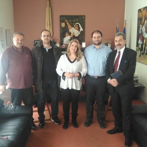 Επίσκεψη στον Δήμαρχο και την Δημοτική Βιβλιοθήκη Νάουσας εκπροσώπου της Εθνικής Βιβλιοθήκης Ελλάδας