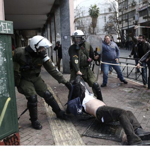 Η Πανελλαδική Επιτροπή Μπλόκων καταδικάζει τον αυταρχισμό ενάντια στους αγρότες της Κρήτης