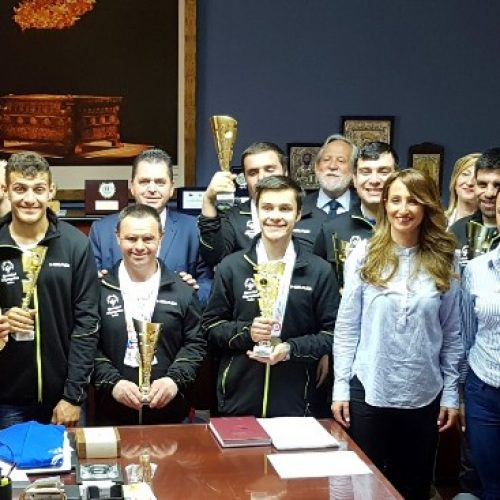 Ο Aντιπεριφερειάρχης Ημαθίας Βράβευσε τους αθλητές που έφεραν μετάλλια από τους Χειμερινούς Αγώνες των Special Olympics στην Αυστρία