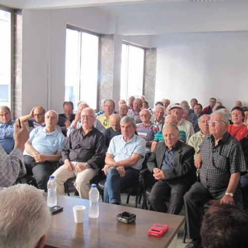 """Σύσκεψη  σωματείων συνταξιούχων στη Βέροια: """"Δε χρωστάμε σε κανέναν,   διεκδικούμε ό,τι μας ανήκει"""""""