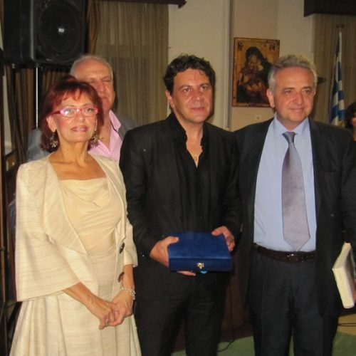"""Ο Δικηγορικός Σύλλογος Βέροιας τίμησε το Γιώργο Λιόλιο, τον ανήσυχο """"ανασκαφέα της μνήμης"""""""