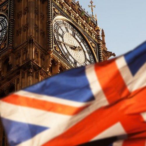 """""""Ο νικητής των βρετανικών εκλογών"""" γράφει ο Κώστας Λαπαβίτσας"""