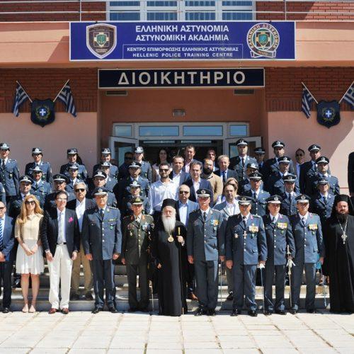 Τελετή ορκωμοσίας και επίδοσης ξιφών στη Σχολή της Ελληνικής Αστυνομίας στη Βέροια
