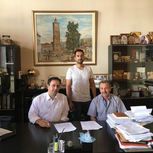 Σύμβαση για την ανακατασκευή   δημοτικών τουαλετών  υπέγραψε ο Δήμαρχος Βέροιας