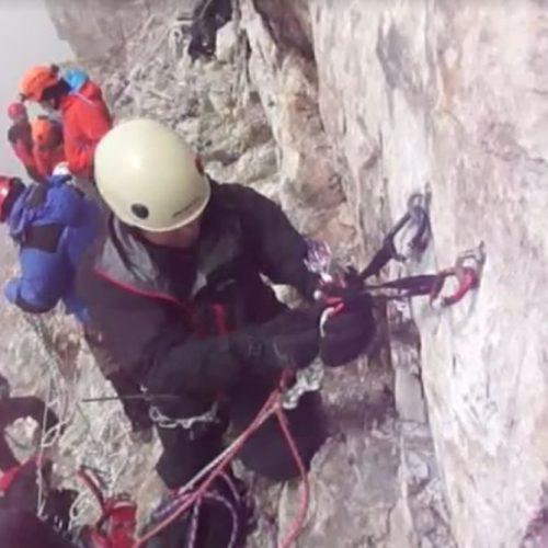 Εντυπωσιακά video από την επιτυχή επιχείρηση απεγκλωβισμού του ορειβάτη στον Όλυμπο