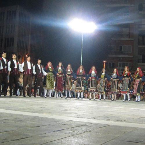 Με θαυμάσια εμφάνιση η Θρακική Εστία Βέροιας στο 2ο Φεστιβάλ Παραδοσιακών χορών του Δήμου