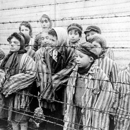 """""""Οι μαρτυρικές στιγμές των Ελλήνων Εβραίων στο Άουσβιτς"""" γράφει ο Βενιζέλος Λεβεντογιάννης"""