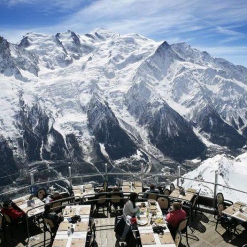 12 εστιατόρια για... λίγους  με μοναδική θέα!