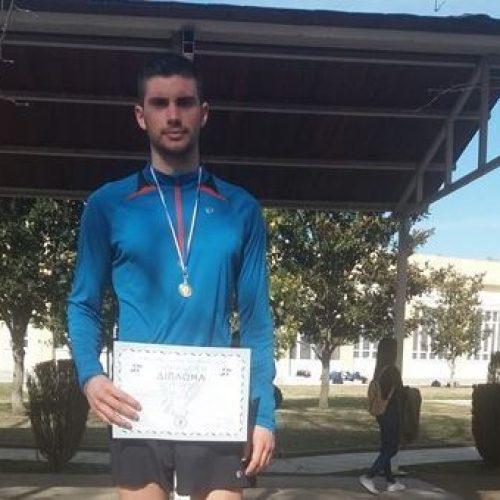 Έκτος  ο έφηβος Γιώργος Σταμούλης του Φίλιππου Βέροιας στο Παν/νιο Πρωτάθλημα 10 χιλ. μ. επί ασφάλτου