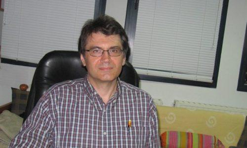 Ερωτόκριτος Κατσαβουνίδης. Επιβεβαιώνοντας τον Αϊνστάιν - Συνέντευξη του ερευνητή στη faretra