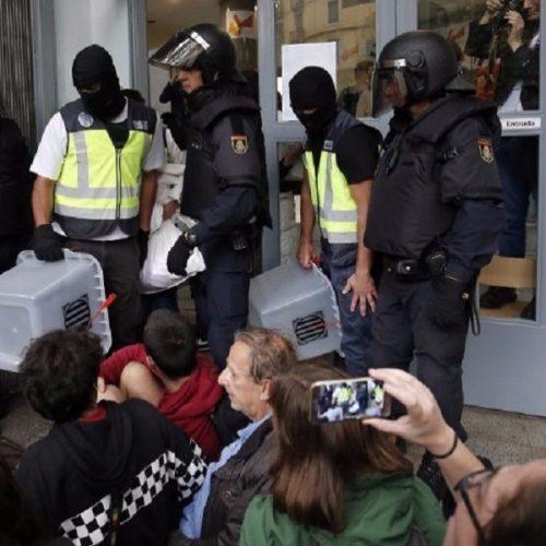 Καταλονία: Ματωμένες κάλπες - Το 90% ψήφισε ανεξαρτησία (Video και Photos)