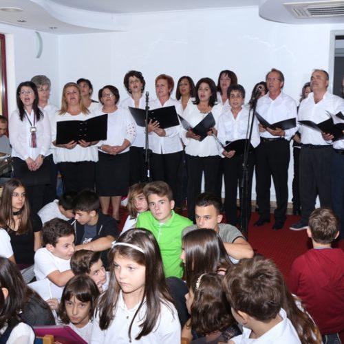 Χάρισε χαρά και συγκίνηση η Χορωδία Μελίκης στη Ρουμανία