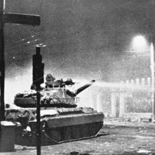 Ανακοίνωση του ΚΚΕ για τα 44 χρόνια από τον ηρωικό ξεσηκωμό στο Πολυτεχνείο το 1973