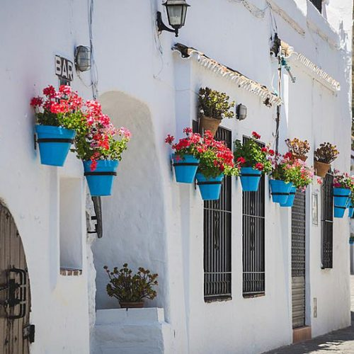 Marinaleda. Η ισπανική πόλη της Ανδαλουσίας με μηδενική ανεργία και μισθούς των 1200 ευρώ για όλους!