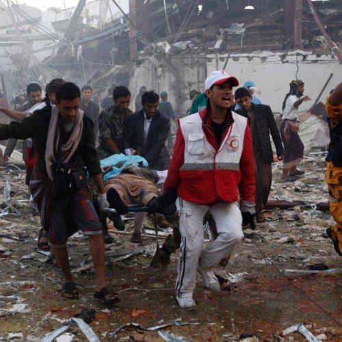 """""""Μπορεί να κατηγορηθούν Τσίπρας και Καμμένος για εγκλήματα πολέμου;"""" γράφει ο Άρης Χατζηστεφάνου"""