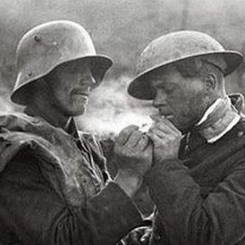 """Συγκλονιστικό! Πρώτος Παγκόσμιος Πόλεμος. """"Η ανταρσία της ανακωχής"""" τα Χριστούγεννα του 1914"""